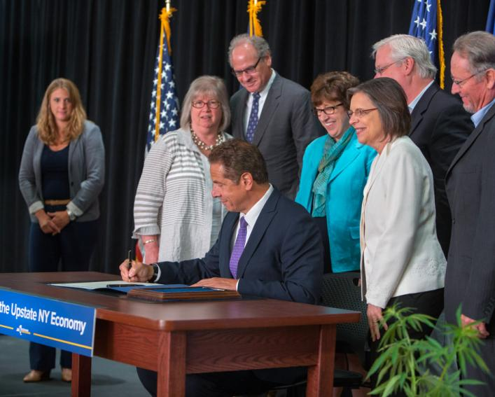 Governor Cuomo Signs Hemp Bill
